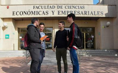 Los estudiantes ya pueden solicitar las becas para el próximo curso
