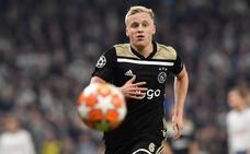 Van de Beek admite el interés del Real Madrid