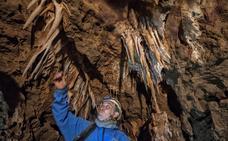 La Junta conservará las dos cuevas del Carrucho y otras cavidades vírgenes de Cáceres