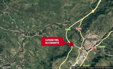 Herido grave un motorista tras una caída cerca de Plasencia