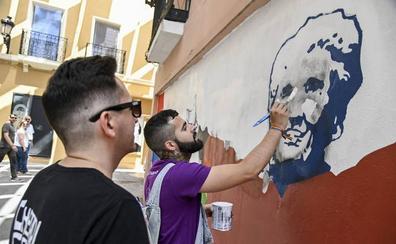 Proponen crear murales para revitalizar fachadas deterioradas del Casco Antiguo de Badajoz