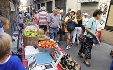 Moret recupera su mercado ecológico de frutas y verduras