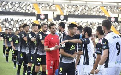 El Cartagena pide jugar la primera jornada en Badajoz