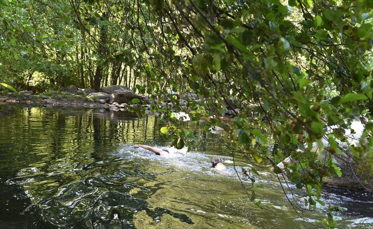 Rincones con Encanto de Extremadura: Imágenes de la piscina natural de Gualtaminos