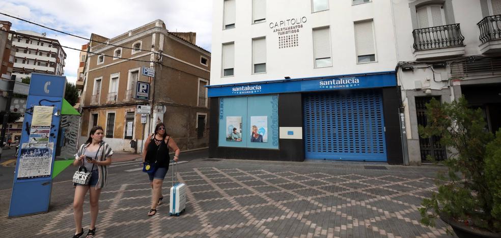 Turismo tramita en Extremadura 281 sanciones a alojamientos por no estar legalizados