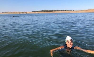 Fátima intentará cruzar el Estrecho a nado