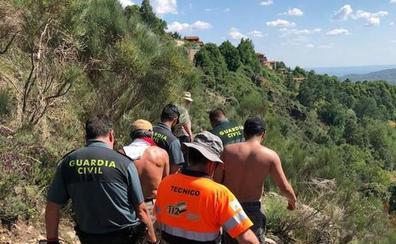 La Guardia Civil asiste a 24 scouts que hacían senderismo en Guijo de Santa Bárbara