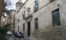 Anulan el desahucio de una viuda y madre de guardias civiles de un piso de la Benemérita en Cáceres
