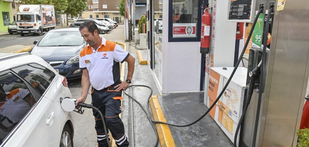 La diferencia de precios entre gasolineras en la región llega a 9 euros por depósito