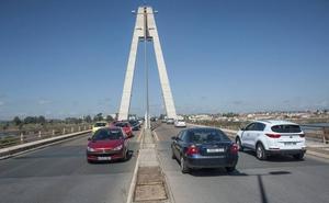 Las obras de asfaltado del puente Real en Badajoz obligan a modificar el tráfico hoy y mañana