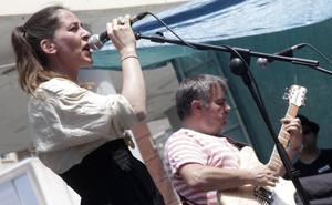Muere Inés Bayo, primera cantante del grupo 'Los Fresones Rebeldes'