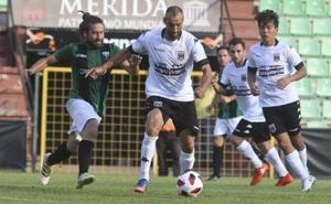 Santi Villa rescata en el 90 una igualada en Leiria