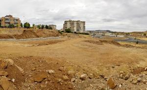 La obra del vial de Macondo en Cáceres está parada y a la espera de una solución
