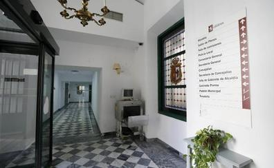La política local de Cáceres se toma un respiro