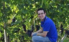 «Conducir sin un objetivo te hace caer en sitios increíbles, como los viñedos del Piamonte italiano»