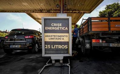 Portugal moviliza a los militares para asegurar el combustible por el paro de los transportistas