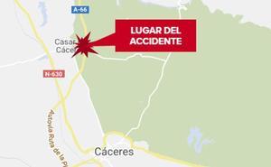Un trabajador resulta herido con policontusiones al caerle encima un saco cerca de Casar de Cáceres