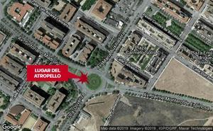 Atropellan a una joven de 26 años en un paso de peatones de Badajoz