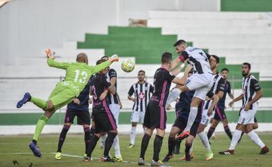 El Badajoz cruza la raya del gol