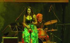 María Honolulu & The Wahalotes en Las Noches del Baluarte de Cáceres