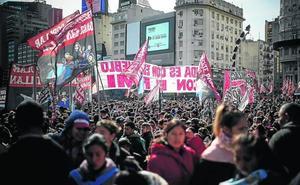 La crisis argentina hace temblar la región