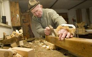 1.238 extremeños cobran la pensión de jubilación y trabajan a la vez