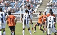 El Badajoz jugará el primer partido en el Cartagonova
