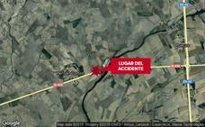 Cinco heridos en una nueva colisión frontal entre dos coches en la N-430 a la altura de Hernán Cortés