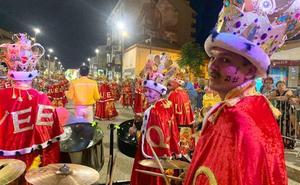Achikitú presume del carnaval extremeño en la localidad de Cannes