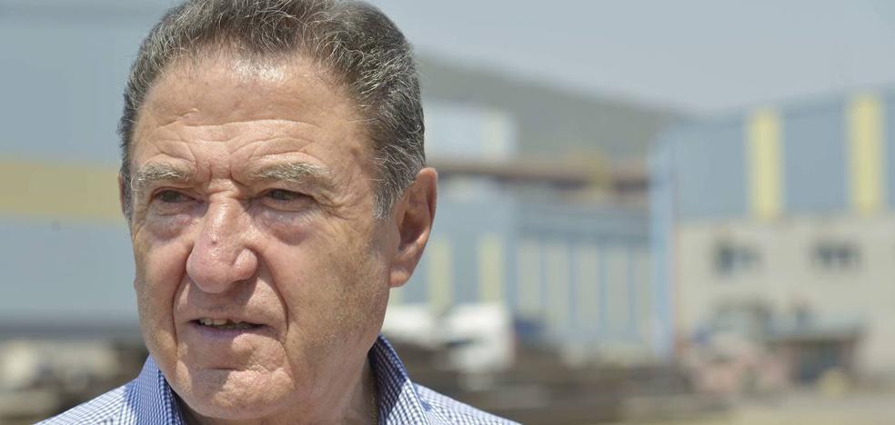 Gallardo se resiste a que KKR se quede con su grupo empresarial y negocia varias opciones