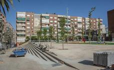 Los vecinos de la Plaza de Santa Marta de Badajoz piden que acaben ya las obras