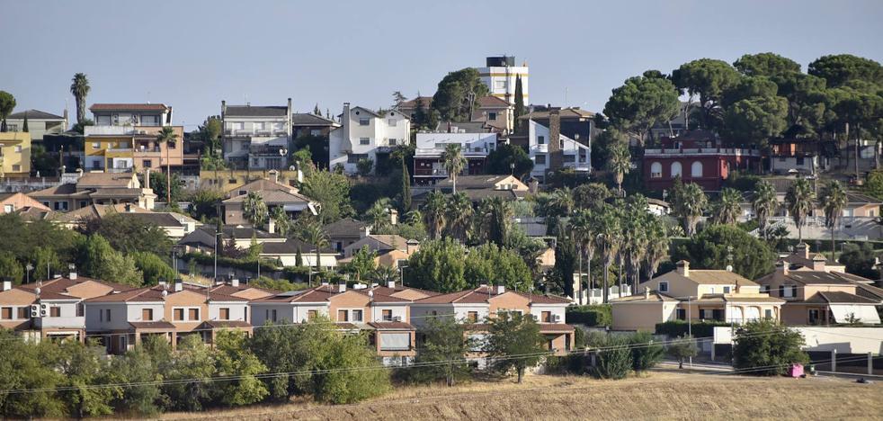 Un juez rechaza que el Ayuntamiento de Badajoz se haga cargo de la urbanización Los Montitos