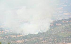 Sofocado el incendio en los Llanos de Villamiel, en el término municipal de Valverde del Fresno