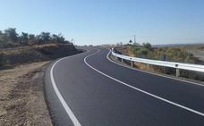 La Diputación de Cáceres concluye la mejora de vía que une Casas de Millán con la N-630 y la A-66