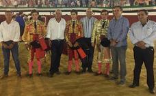 Manuel Perera triunfa en la final del certamen de clases prácticas de escuelas taurinas