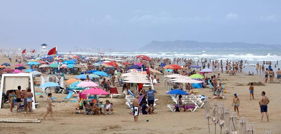El alojamiento hotelero subió solo un 1,1% en julio por la caída de extranjeros