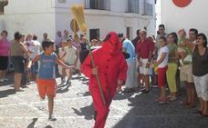 La 'salida del diablo' protagoniza la víspera de la fiesta de San Bartolomé en Jerez
