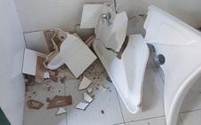 Rompen los baños de Castelar por tercera vez este verano