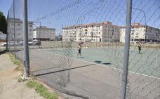 Los vecinos de Suerte de Saavedra en Badajoz piden que avance el parque deportivo
