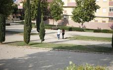 El barrio cacereño de Montesol quiere una conexión peatonal con Aguas Vivas y más zonas verdes