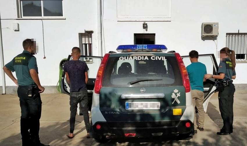 Detienen a dos ciudadanos portugueses por cuatro robos en casas de campo y naves de Arroyo de San Serván