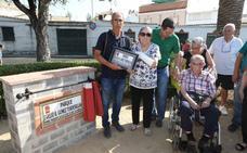 El dirigente vecinal Evelio Gómez recibe un homenaje