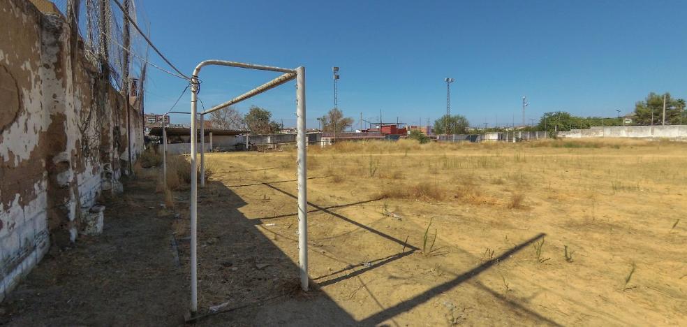 El barrio pacense de Cerro de Reyes tendrá campo de fútbol doce años después