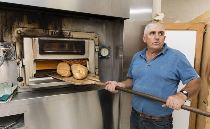 Guijo de Santa Bárbara: El pan de pueblo como atractivo turístico