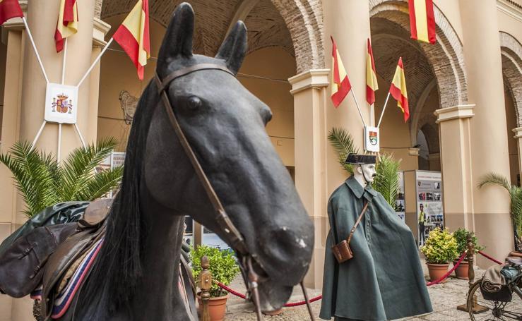 Exposición sobre los 175 años de la Guardia Civil