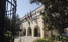 Las peticiones para vivir en la Hernán Cortés duplican a la oferta de plazas