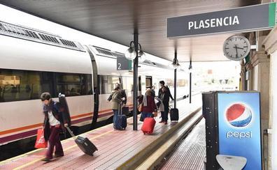 Transbordo y 75 minutos de retraso por la avería de un tren en Plasencia