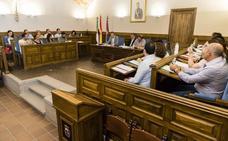 Plasencia dedica su biblioteca al escritor García Blázquez
