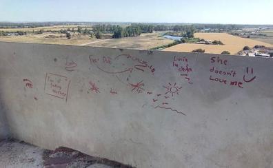 Denuncian actos vandálicos en la Alcazaba y piden su cierre nocturno