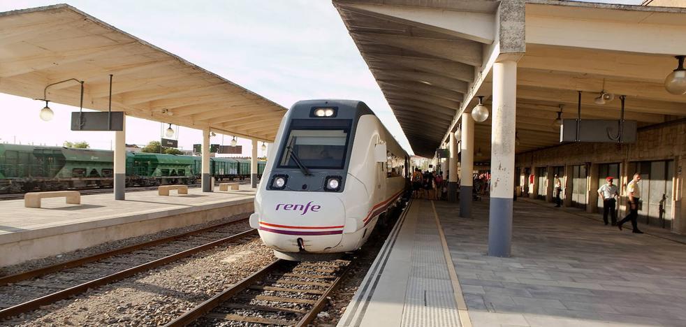 Los trenes de la serie 598 dejan de circular por el corredor extremeño